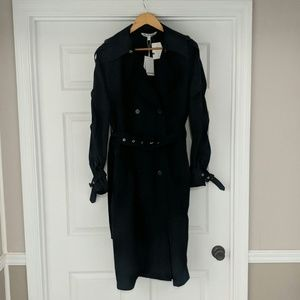 *new* Women's double button trenchcoat Size small